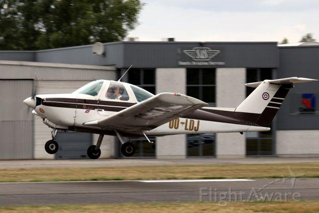 Beechcraft Skipper (OO-LDJ) - BACK TO CHARLEROI (In the Southern part of Belgium)
