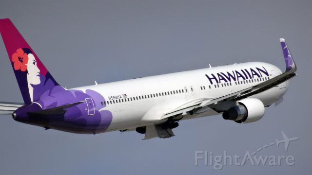 BOEING 767-300 (N588HA) - N588HA Hawaiian Airlines Boeing 767-300 - cn 33466 / ln 890br /First Flight * Oct 2002br /Age 12.5 Yearsbr /29-Apr-2015 B763/L San Jose Intl (KSJC) Honolulu Intl (PHNL) 09:05 PDT 11:16 HST
