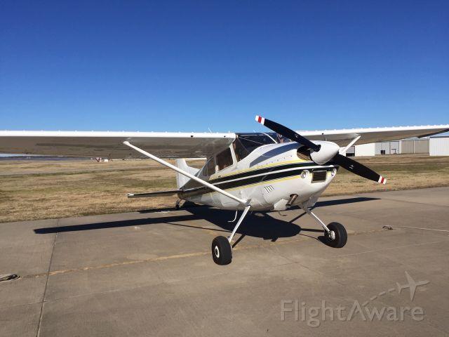 Cessna Skywagon 180 (N180W)
