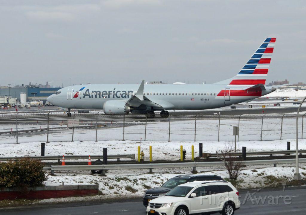 Boeing 737 MAX 8 (N313SB) - AAL2669/02 LGA-MIA B38M 3SB/N313SB departing LGA on a snowy March 2019 day afternoon.