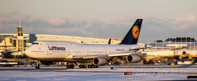BOEING 747-8 (D-ABYF) - KORD