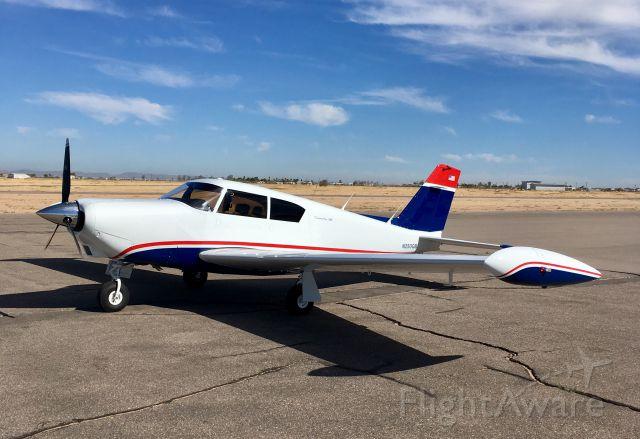 Piper PA-24 Comanche (N250GB) - Stop to refuel