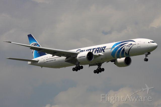 BOEING 777-300ER (SU-GDO) - EgyptAir Boeing 777-300ER approaching Suvarnabhumi Airport