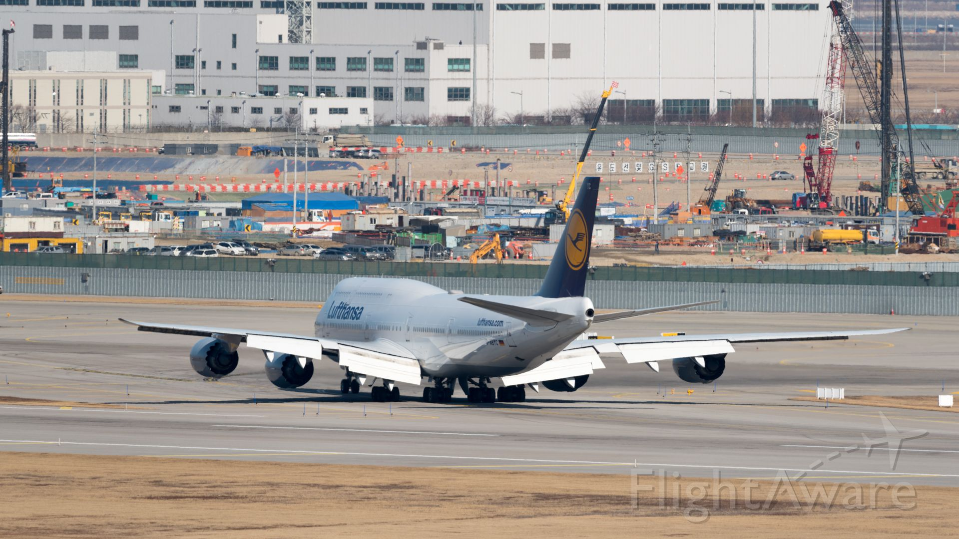 Boeing 747-200 (D-ABYC) - 2015/01/10 12:14:41