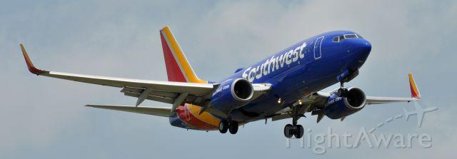 Boeing 737-700 (N907WN)