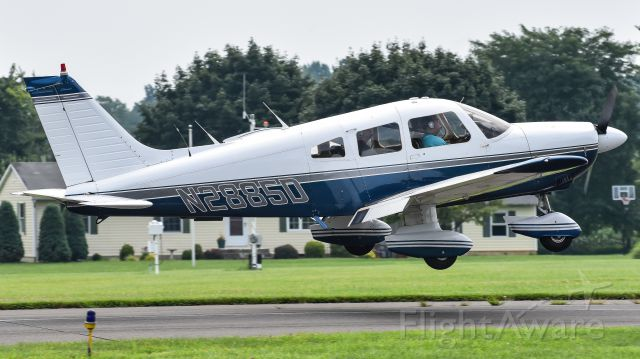 Piper Cherokee (N2885D) - Landing on runway 25 before the flight restrictions for Trumps visit.