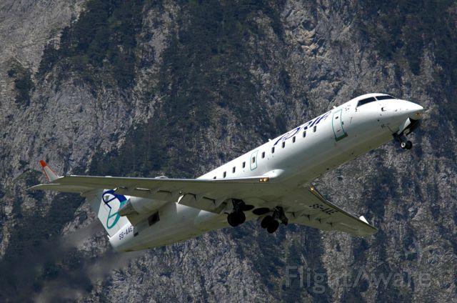 Canadair Regional Jet CRJ-200 (S5-AAE)