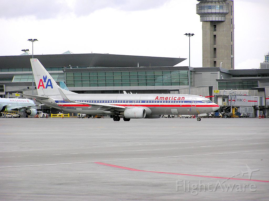 Boeing 737-800 (N902AN) - Pushed back and ready to power up for the evening flight to KMIA!