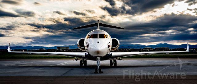 Bombardier Global Express (N75VB)
