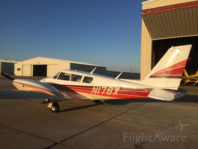 Piper PA-30 Twin Comanche (N178X)