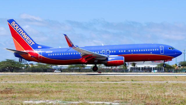 Boeing 737-800 (N8623F) - flare on RWY