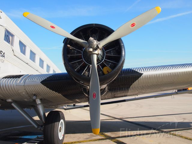 JUNKERS Ju-52/3m (D-CDLH)