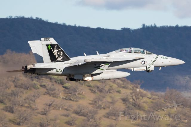McDonnell Douglas FA-18 Hornet (16-6895) - Vader 1 departing MFR back to NAS Whidbey after a fuel stop.