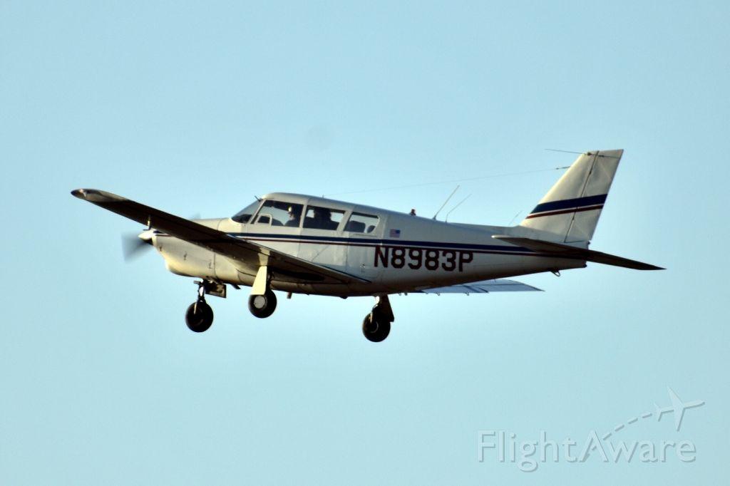 Piper PA-24 Comanche (N8983P)