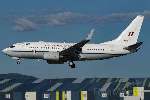 Boeing 737-700 (A36002)
