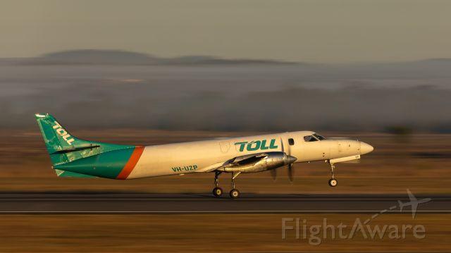 Fairchild Dornier SA-227DC Metro (VH-UZP) - Early morning departure from YBRK. 1/60th sec.