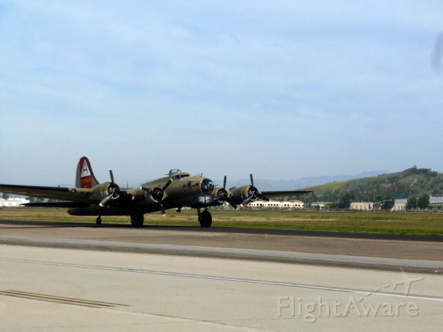 Boeing B-17 Flying Fortress (N93012) - 909 Landing at KCMA 'wings of freedom' event May-2018