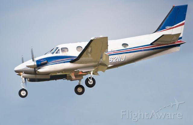 Beechcraft King Air 90 (N6211J) - 23.Apr.10
