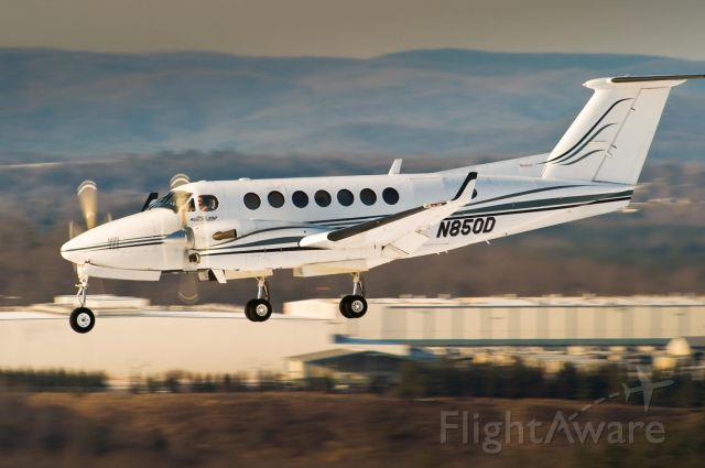 Beechcraft Super King Air 300 (N850D) - 2.Feb.2010
