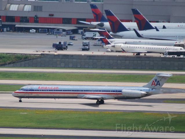 McDonnell Douglas MD-80 (N7542A) - Departing 6/15/12