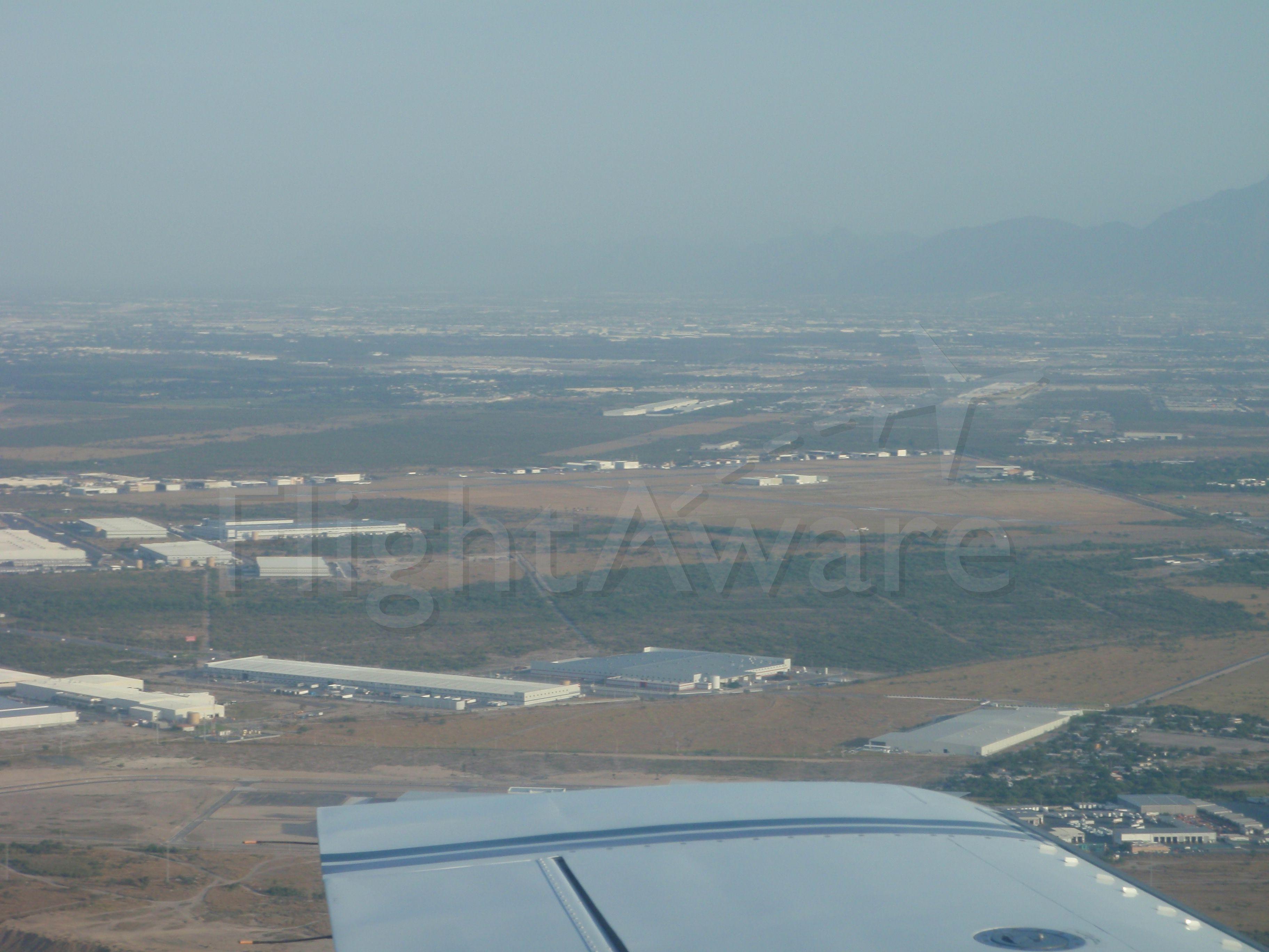 Cessna 421 (XB-DGG) - Aeropuerto del Norte MMAN