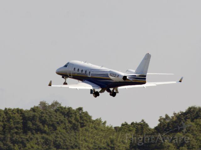 IAI Gulfstream G150 (N222LR) - Take off RW34.