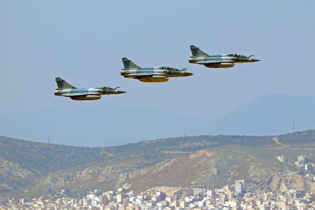 DASSAULT-BREGUET Mirage 2000 — - 4 HAF Mirage 2000-5 Mk.2 of 331 Squadron fly over Athens during Greek Independence War celebrations.