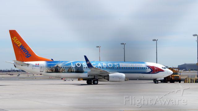 Boeing 737-800 (C-GVVH) - April 16, 2015