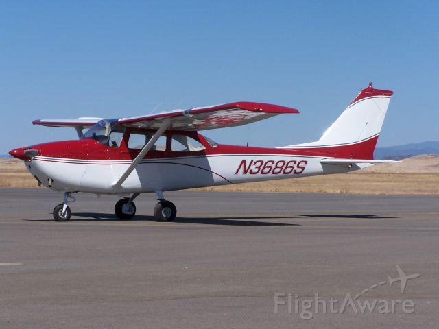 Cessna Skyhawk (N3686S)