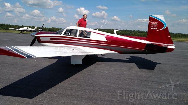 Mooney M-20 (N943RW) - New paint