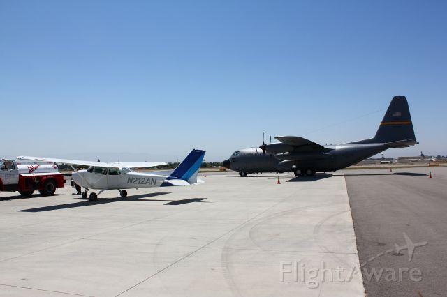 Cessna Skyhawk (N212AN)