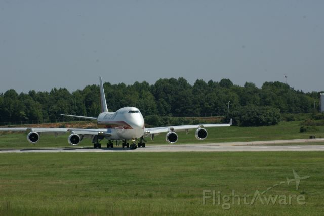Boeing 747-400 (N740CK) - Kalitta Airlines going to North Korea for Samaritans Purse, Aug. 2010