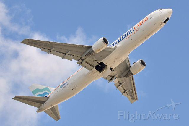 BOEING 767-300 (CS-TLZ) - 20 April 2011