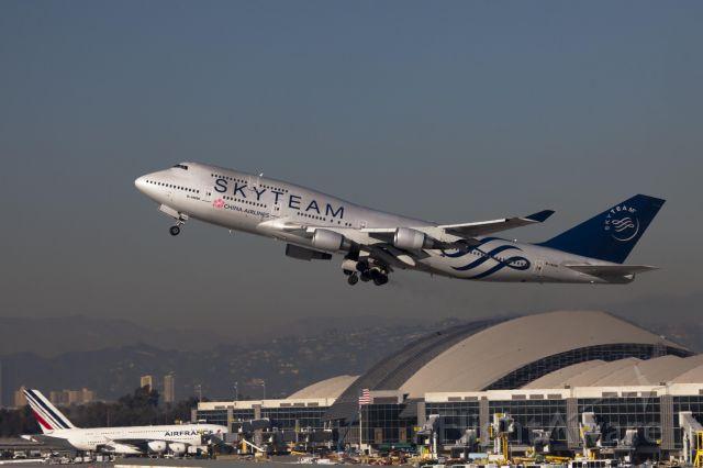 Boeing 747-200 (B-18206) - LAX