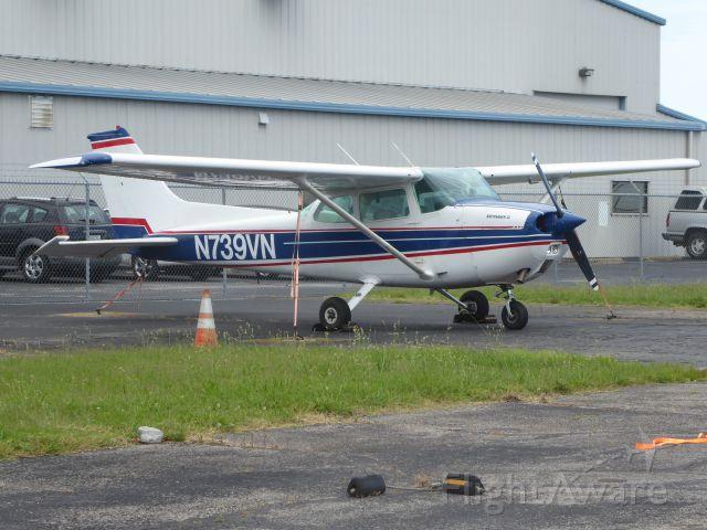 Cessna Skyhawk (N739VN)