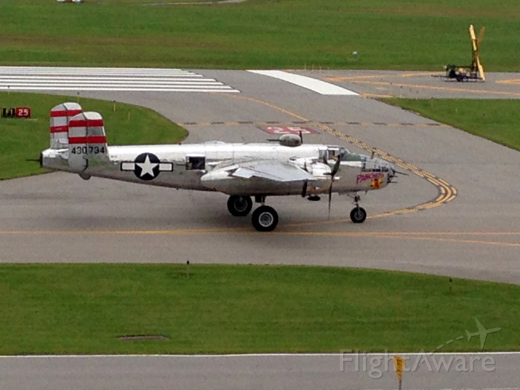 Boeing B-17 Flying Fortress (43-0734) - B17 bomber at 2014 Rochester Air Show