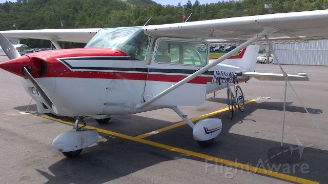 Cessna Skyhawk (N766TW) - Western NC KRHP