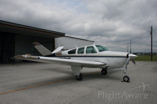 Beechcraft 35 Bonanza (N666MS)