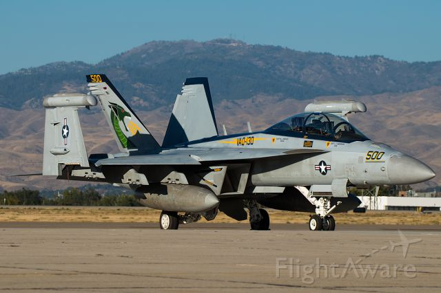 """16-8268 — - VAQ-130 Zappers CAG, Full quality photo: <a rel=""""nofollow"""" href=""""http://www.airliners.net/photo/USA---Navy/Boeing-EA-18G-Growler/2717112/L/&sid=8f7d2e4b50e58a8faab239a583457647"""">http://www.airliners.net/photo/USA---Navy/Boeing-EA-18G-Growler/2717112/L/&sid=8f7d2e4b50e58a8faab239a583457647</a>"""