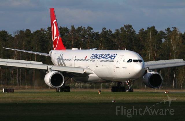 Airbus A330-300 (TC-JOA)