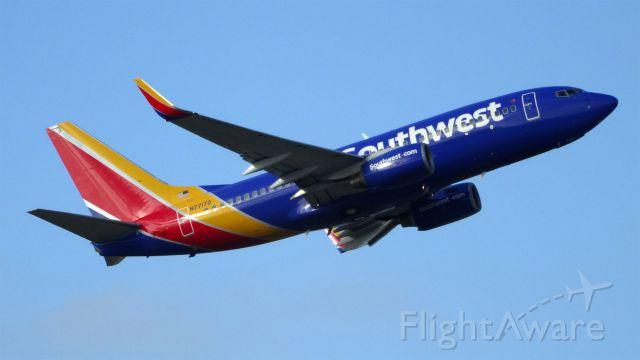 Boeing 737-700 (N7717D) - N7717D Southwest Airlines Boeing 737-700 - cn 32664 / ln 1804br /First Flight * Oct 2005br /Age 9.5 Yearsbr /29-Apr-2015 B737 San Jose Intl (KSJC) San Diego Intl (KSAN) 07:57 PDT 08:58 PDT 1:01