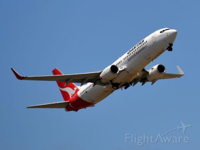 Boeing 737-800 (VH-VYE) - Getting airborne off runway 23. Monday 19th December 2011.