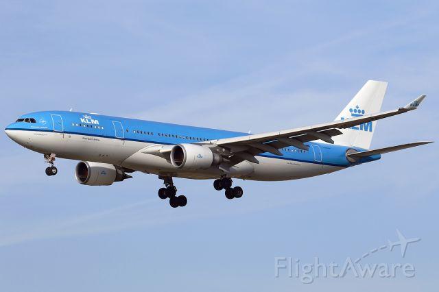 Airbus A330-200 (PH-AON)