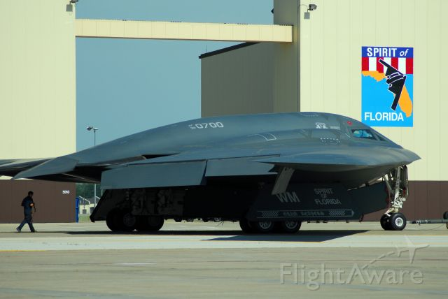 92-0700 — - The Spirit of Florida taxiing past its hanger at Whiteman AFB.