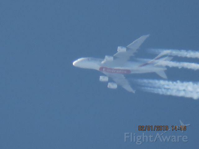 Airbus A380-800 (A6-EEM)