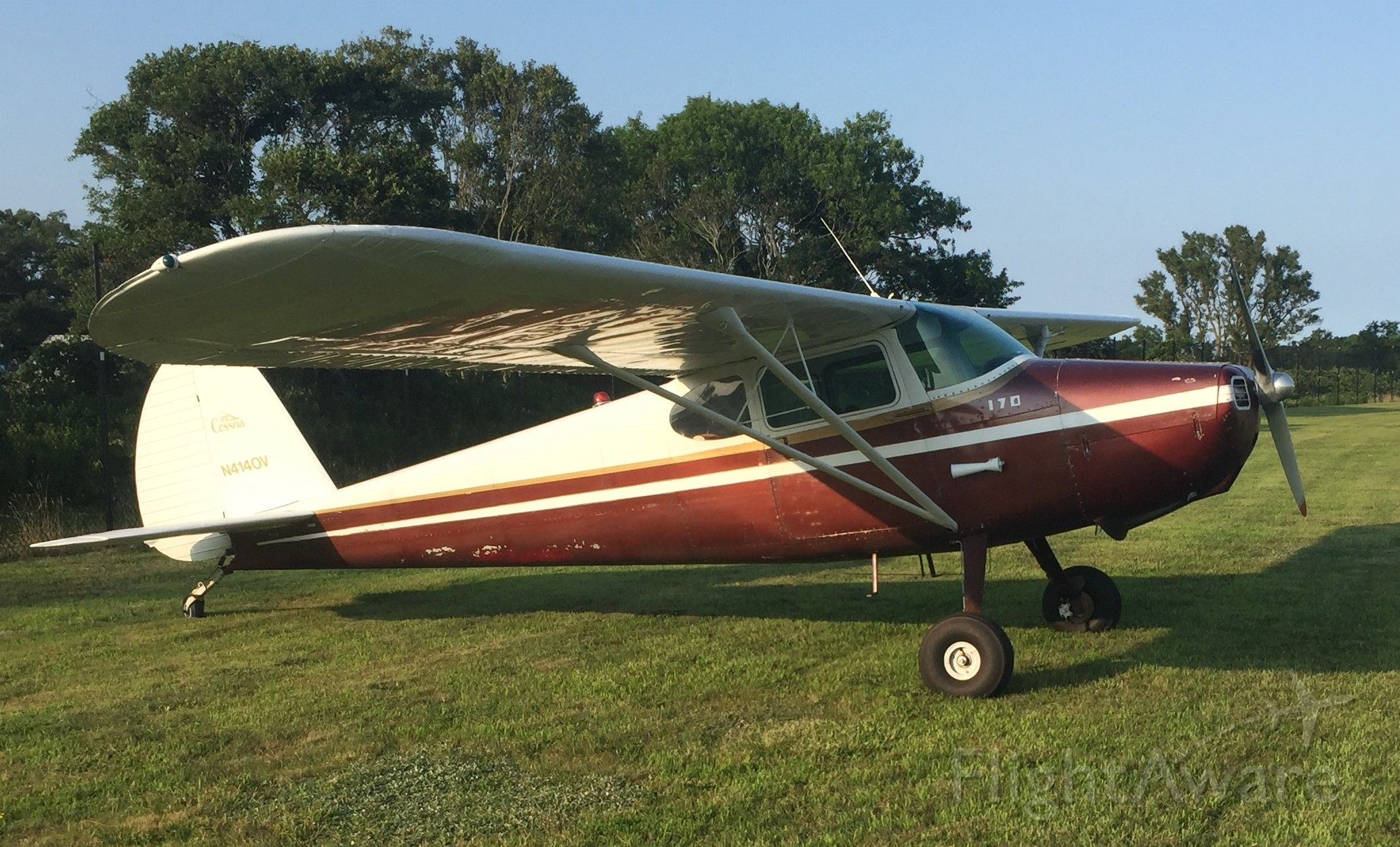 Cessna 170 (N4140V) - Phot taken on Block Island RI Airport