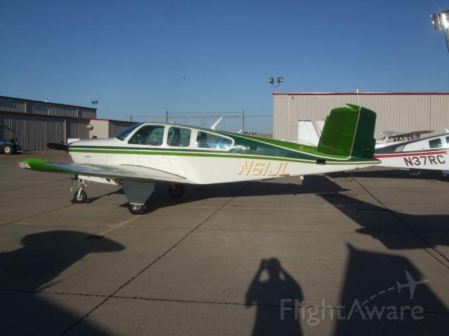 Beechcraft 35 Bonanza (N61JL)