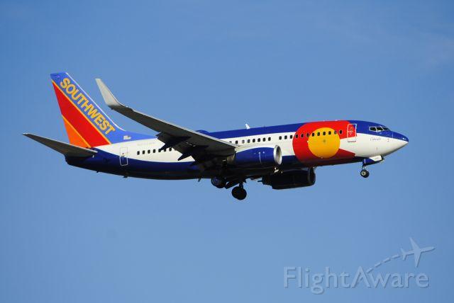 """Boeing 737-700 (N230WN) - """"Colorado One"""" preparing to land on runway 13 on 1/8/2020."""