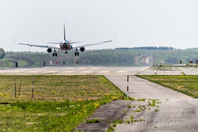 Airbus A320 (JA12JJ)