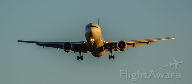 BOEING 767-300 (N121FE) - Shot with a Nikon D3200 w/ Nikkor 70-300mm<br />Best viewed in Full Size